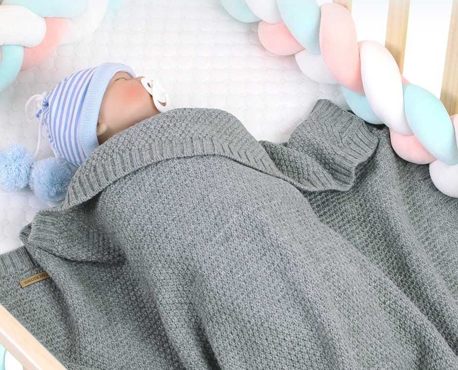 Knitted Blanket for Newborn Babies
